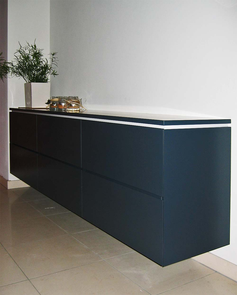 sideboard h ngend grau. Black Bedroom Furniture Sets. Home Design Ideas
